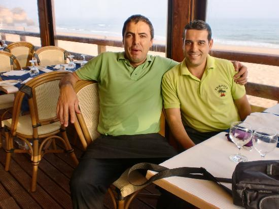 Tropico Beach Bar Restaurante: Mario and Amandio