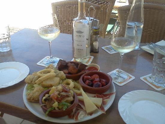 La Granada: superb value tapas lunch with wine