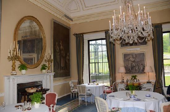 Ballyfin Demesne: Pretty Breakfast Room