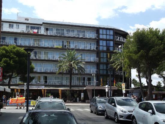 Hotel Roc Boccaccio: Front of hotel