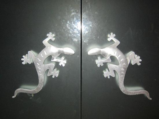 Grand Velas Riviera Maya: Cool doors at the Zen Building