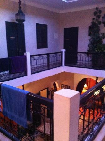 里亞德達爾盧拉飯店照片