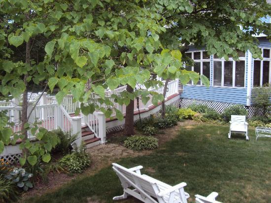 Inn at Union Pier : Grounds