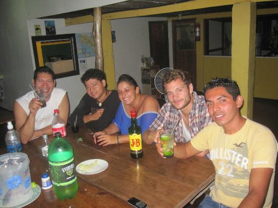 Cabinas Tortuguero: Para una noche sin fin...!