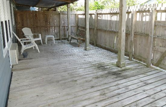 Sand Dollar Motel: porch