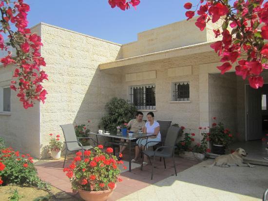 Villa 1000: Morning and cofe