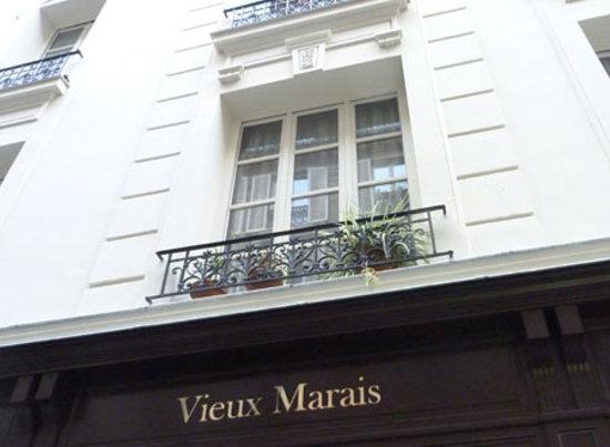 Front of Hotel du Vieux Marais