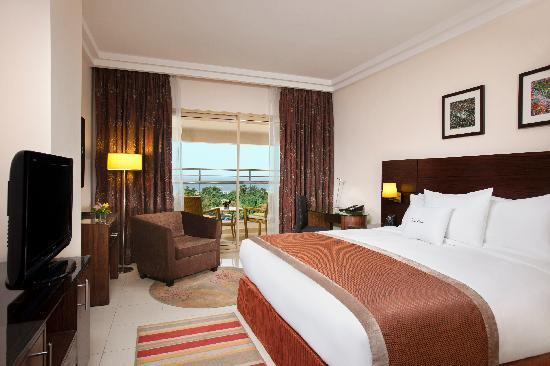 DoubleTree by Hilton Hotel Aqaba Deluxe Room