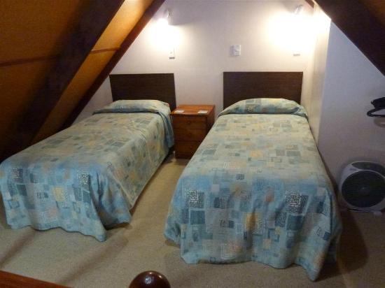 Settlers Motel: Habitación planta alta