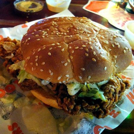 Hooters : Buffalo Chicken Sandwich