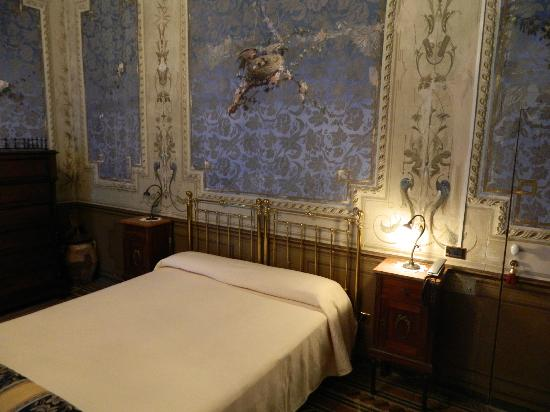 Casa Raffaele Conforti: letto