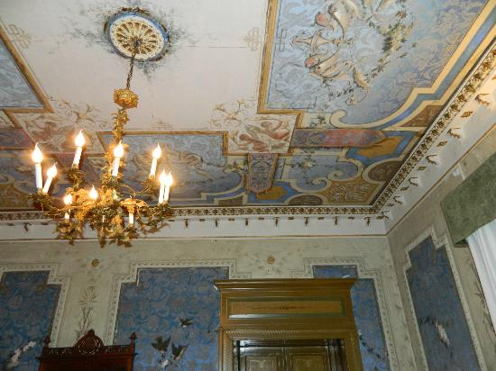 Casa Raffaele Conforti: soffitto tutto dipinto!