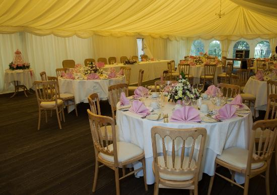 Millhouse Hotel & Riverside Restaurant: Wedding Marquee