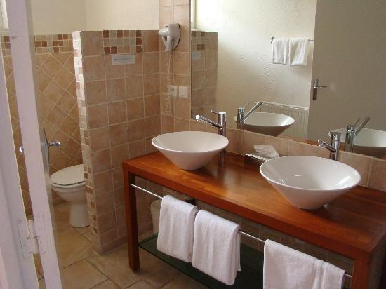 Logis Le Relais de Fusies: salle d'eau de fusies