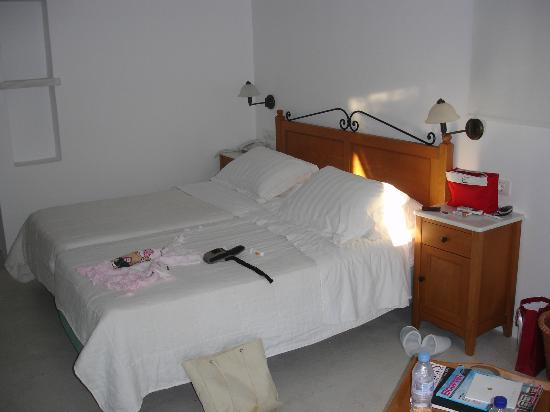 Semeli Hotel: room