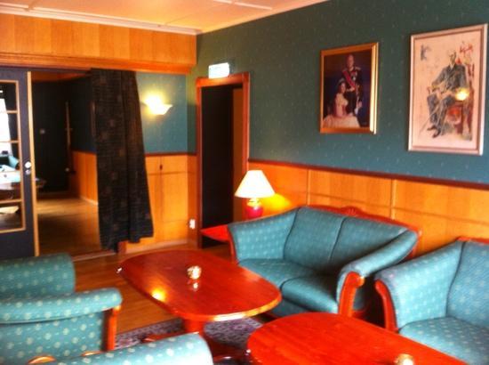 Spitsbergen Hotel: Lounge area