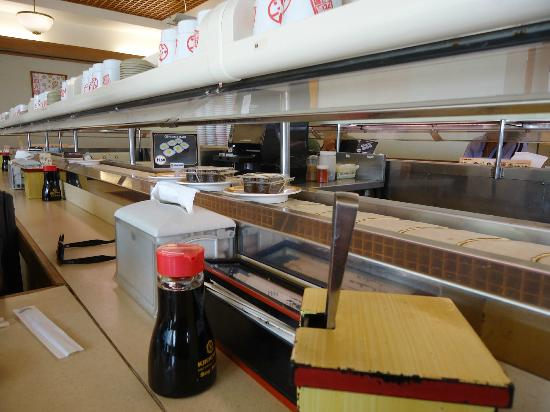Genki Sushi Hawaii Incorporated: Help yourself to some small plates of goodness
