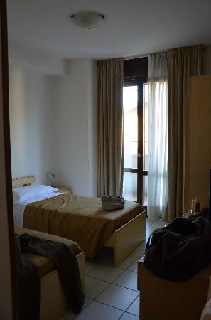 Hotel San Marco: il 2^ letto è addossato al muro