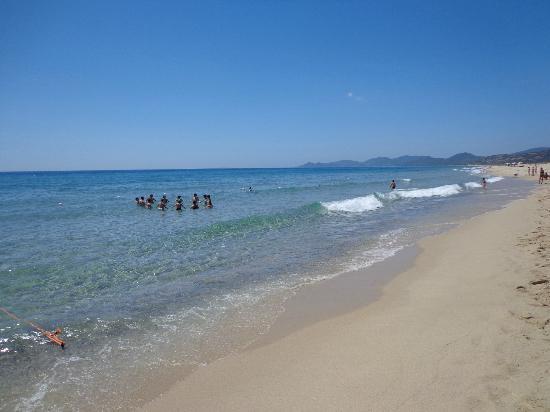 Veraclub suneva resort costa rei sardegna prezzi 2017 e recensioni - Spiaggia piscina rei ...