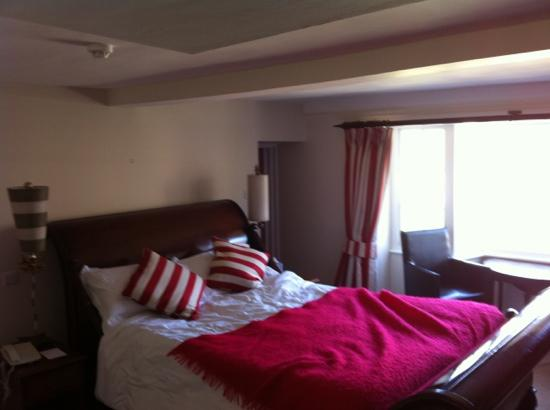 The Kings Hotel Chipping Campden: nice room