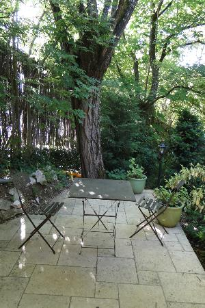 B & B of the Marcs d'Or : Terrace outsiderooms