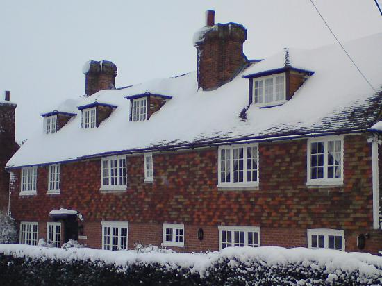 The Old Inn Bed and Breakfast : Front of the B&B (from our 1st visit in Feb 12)