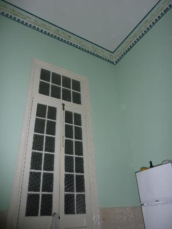 Casa Leticia: Puerta de dormitorio
