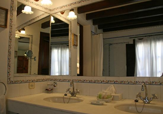 Hotel San Lorenzo: Bathroom Room 4