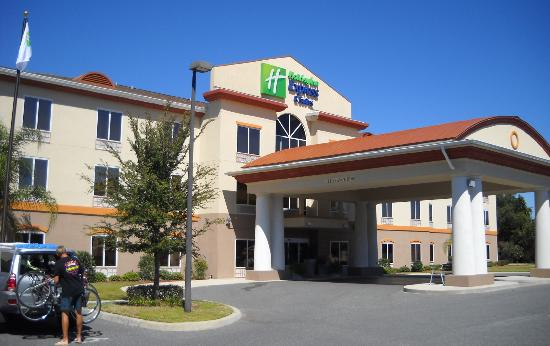 Holiday Inn Express Inverness: Holiday Inn Express in Lecanto, FL