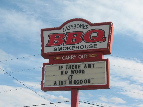 Lazybones Smokehouse: MMMMM..