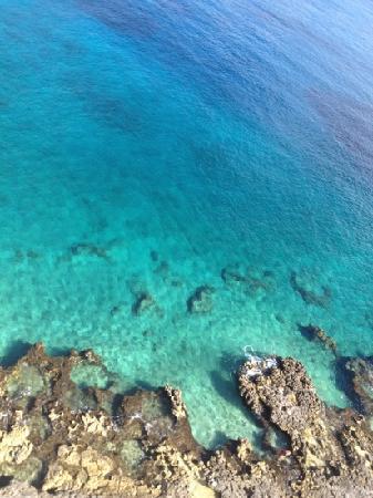 El Cantil Condo Resort: water