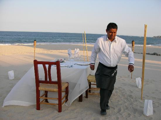 Casa Costa Azul Boutique Hotel: Table set on the beach