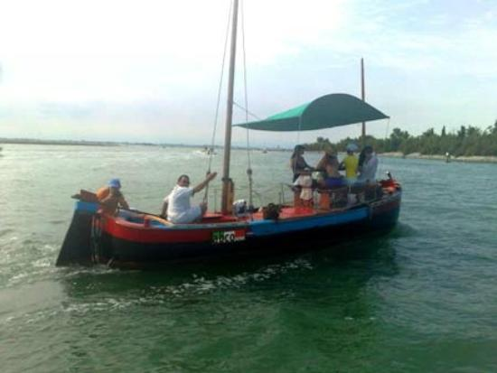 Veneto Tours - Day Tours: Navigador Boat