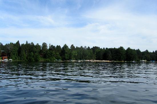 Black Pine Beach Resort: View of Resort 