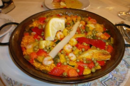 El Labriego : Paella with shrimp and veggies