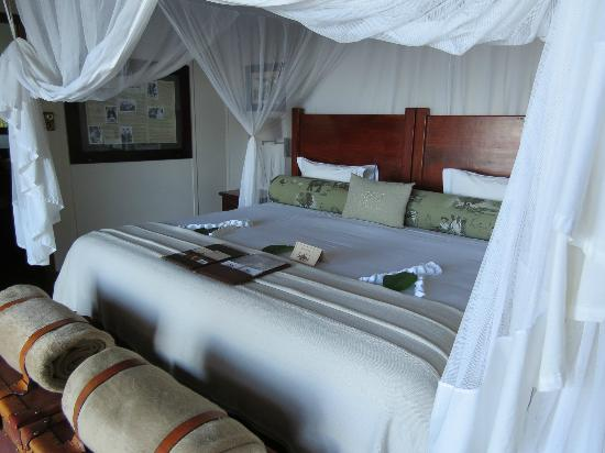 Xugana Island Lodge: Inside our room