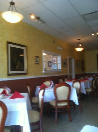 Back Eddy Bistro: Dining Roo