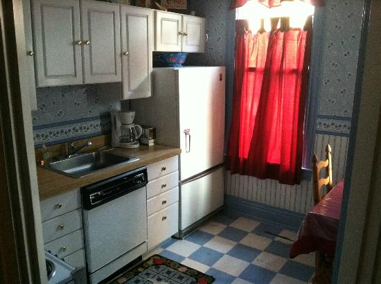 Inn Off the Alley : Kitchen