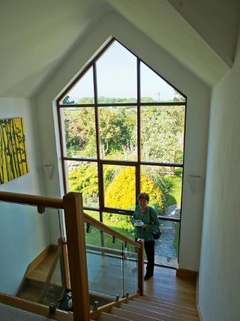 Carhonnag B&B: Heading down to breakfast. At the top of these stairs there is actually some good fitness equipm