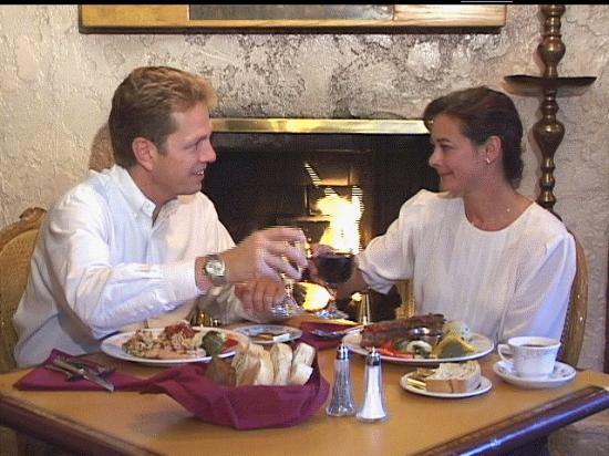 Judi's Restaurant & Lounge: A toast in front of the Lounge fireplace...