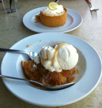 Burtons Grill: Yummy Desserts