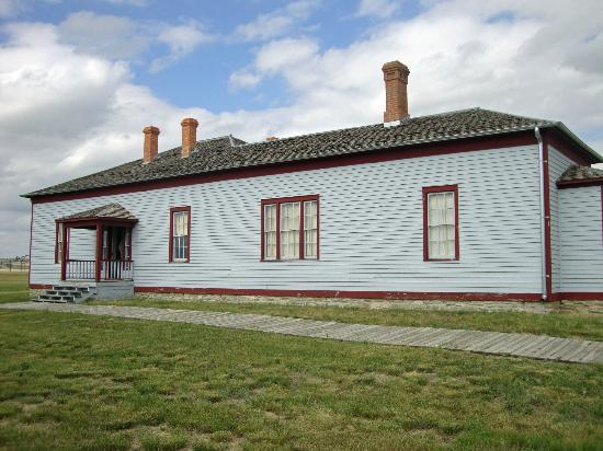 Fort Buford State Historic Site: Officer's Quarters and Museum - Fort Buford
