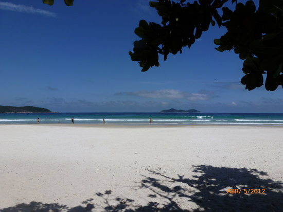 Lopes Mendes Beach: Arenas blancas