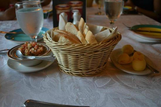 Claude's Le Cafe de Ville: breads