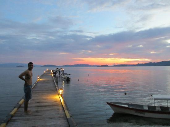 Raja Ampat Dive Resort: The resort's jetty