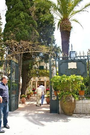 Belmond Grand Hotel Timeo: Grand Hotel Timeo downtown Taormina