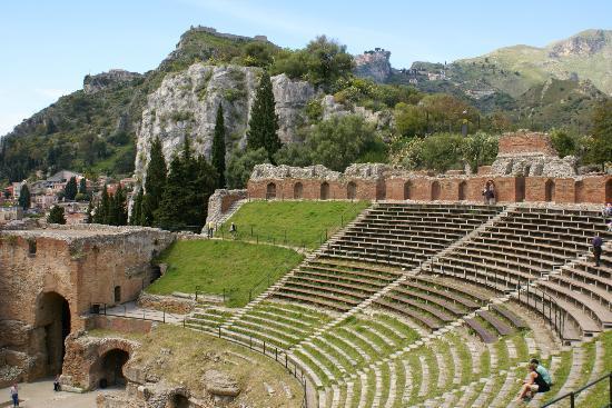 Belmond Grand Hotel Timeo: Nearby Greek theatre