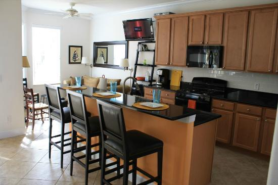 Aviana Resort Orlando: The kitchen area