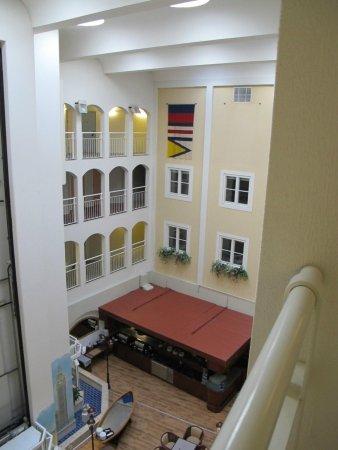 First Hotel Carlshamn: hotel interior