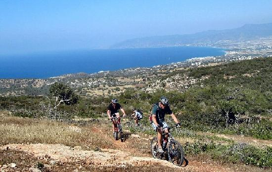 Wheelie Cyprus - Day Tours: Hill climbing with a view